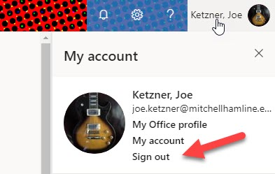 Office 365 login page with arrow pointing to sign out link